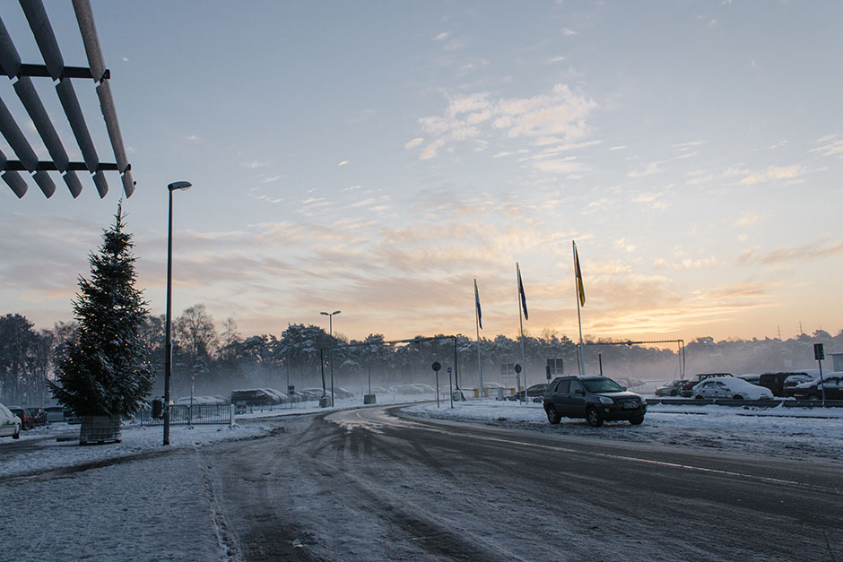 snow + beautiful sunrise outside düsseldorf weeze airport - i think at this point it was -12 degrees outside.