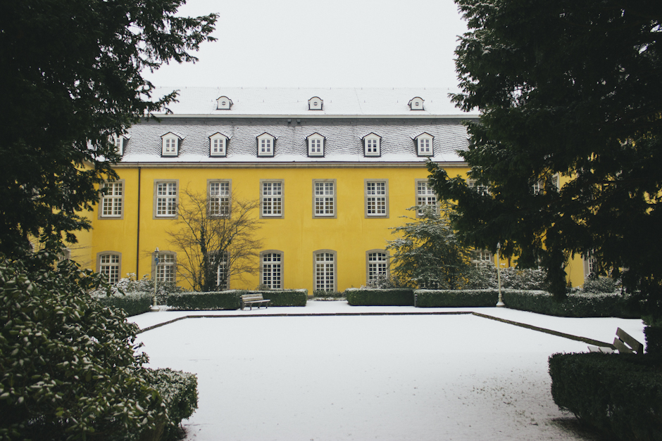 folkwang universität in the snow.