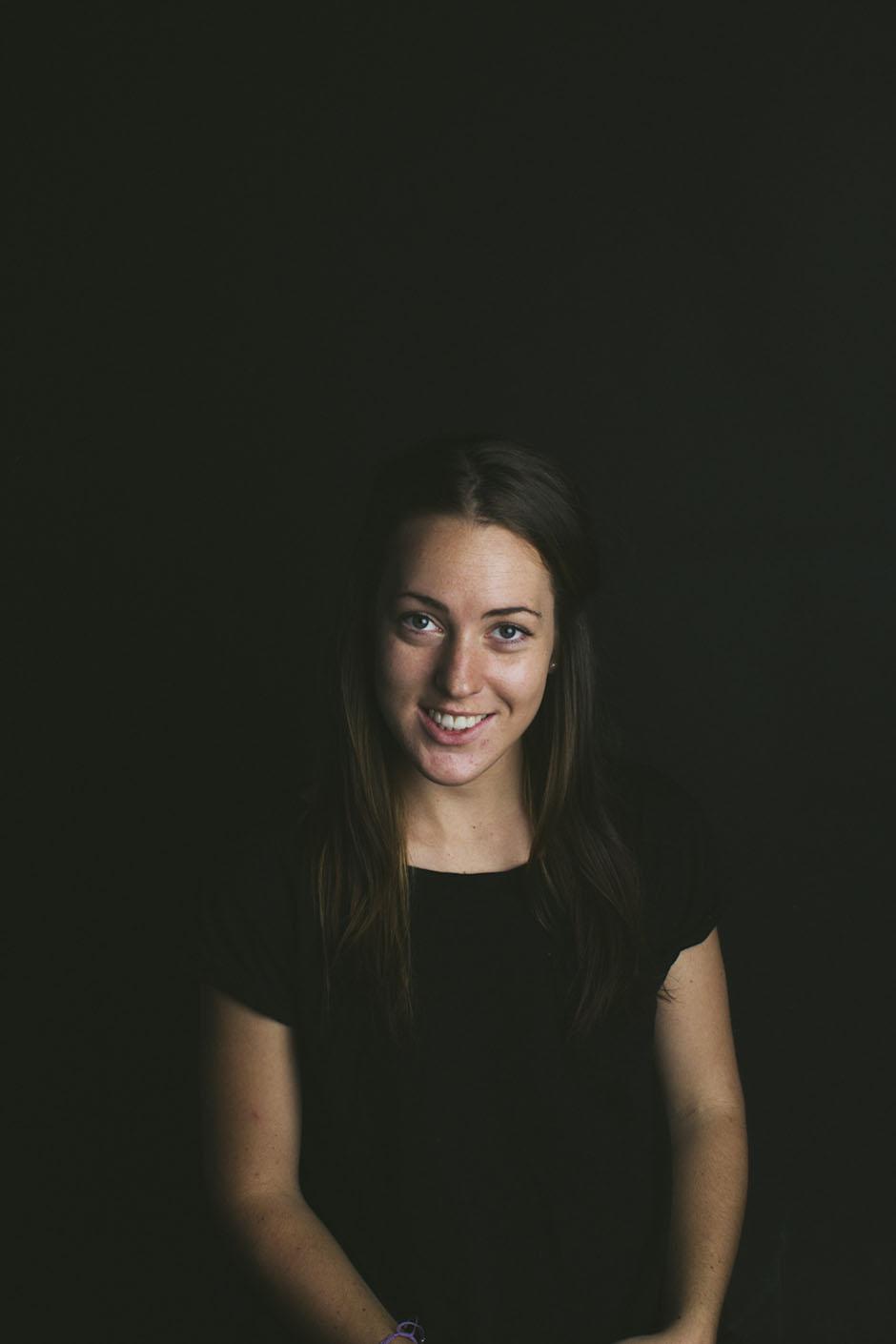 Rachel Walker. Portraits - Robyn. 07