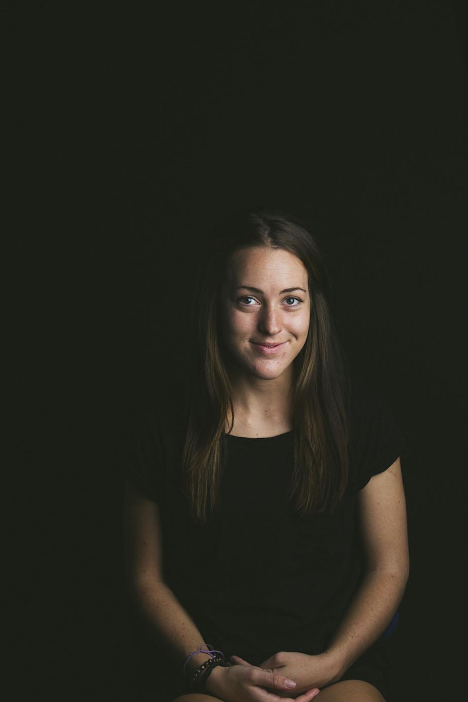 Rachel Walker. Portraits - Robyn. 09