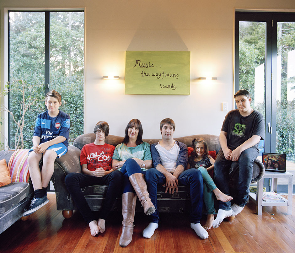 Rachel Walker. big family series. pesticcio