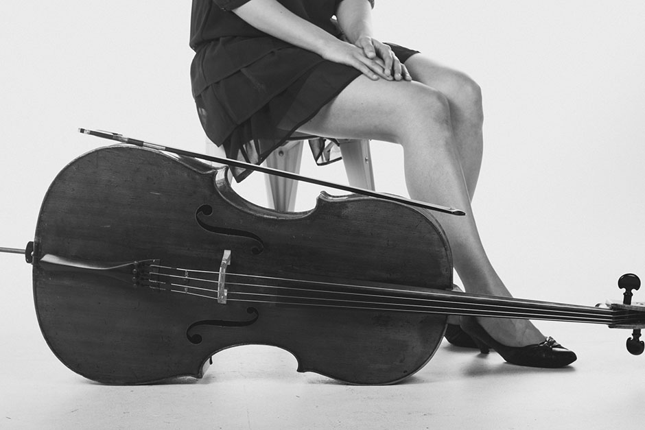 Rachel Walker. Samira Aly - cellist. 01