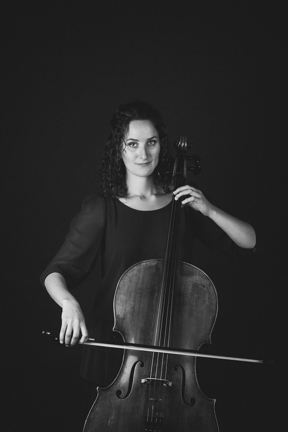 Rachel Walker. Samira Aly - cellist. 04